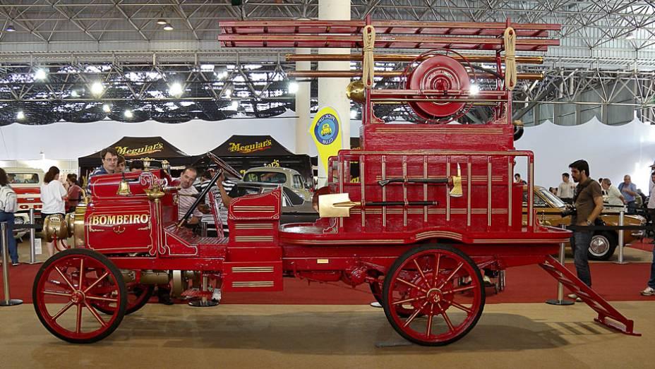 Carro de bombeiro é da data de 1903, mas nunca foi usado pela corporação