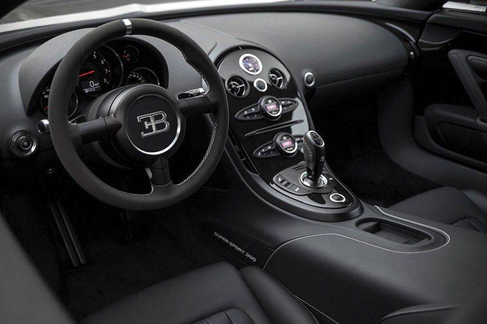 Bugatti Veyron Super Sport 300 cabine
