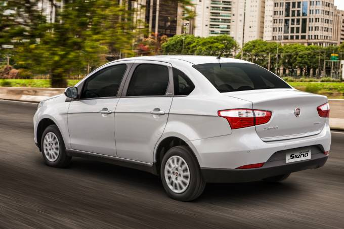 Fiat Grand Siena Attractive 2
