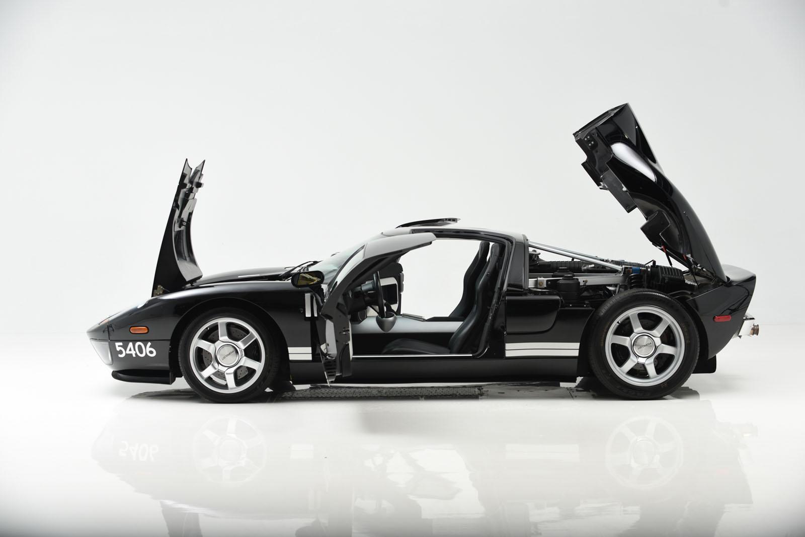 Ford GT de perfil