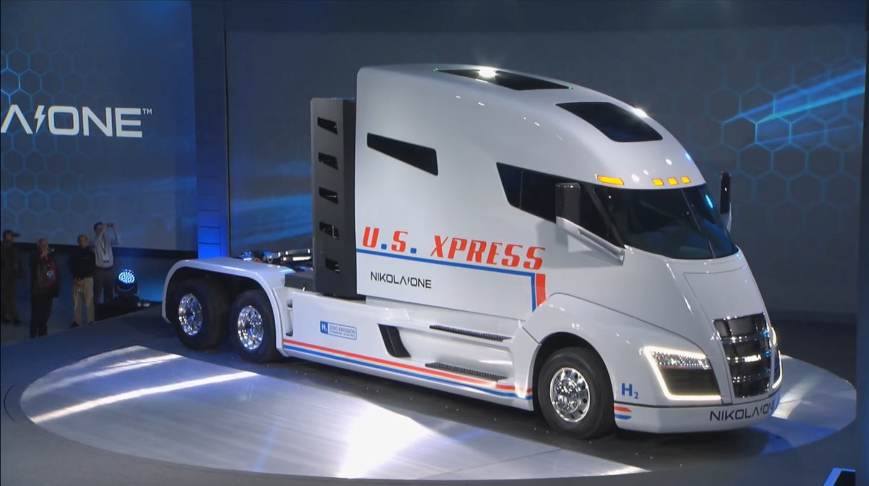caminhão Nikola One na posição 3x4