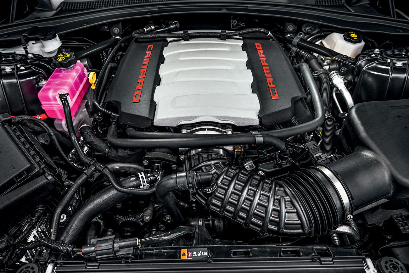 Motor V8 6.2 gera 461 cv de potência e 62,9 mkgf de torque