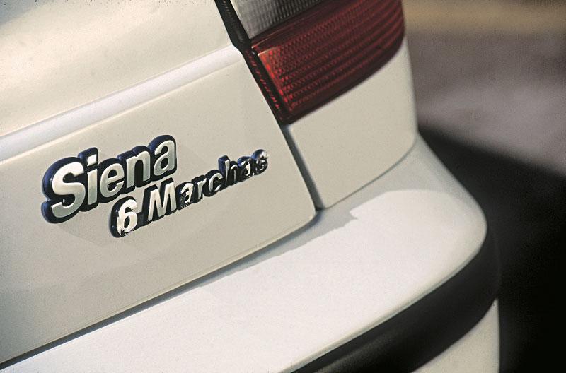 Fiat Siena com seis marchas