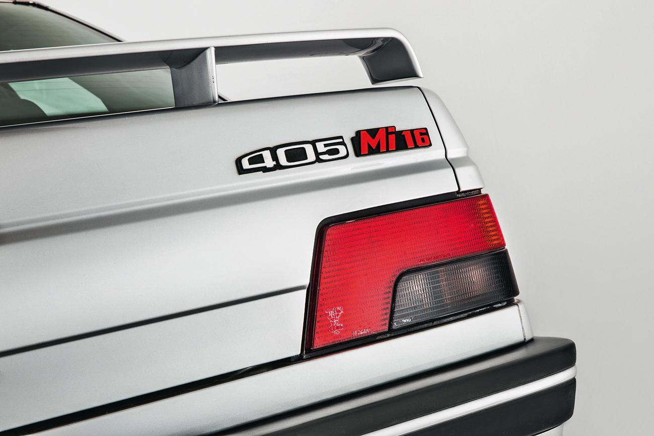 Motor 1.9 com 16 válvulas rendia 160 cv