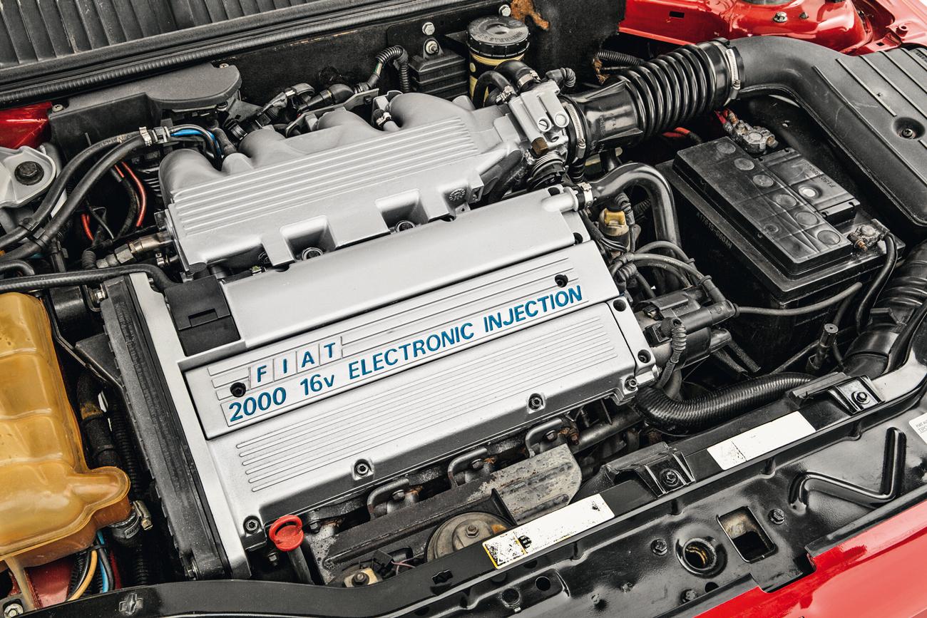 O motor 2.0 de 16V rendia 147 cv