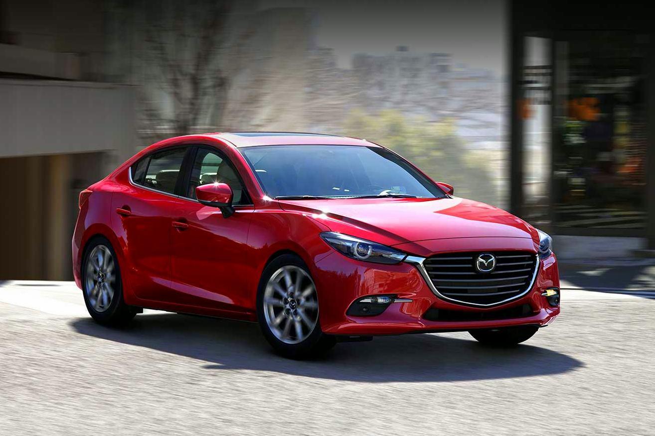 Próxima geração do Mazda3 pode estrear o novo motor com taxa de compressão de 18 :1