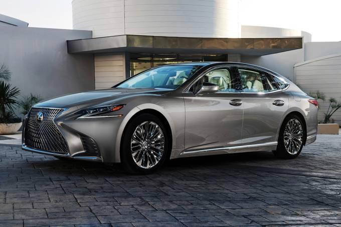 Novo Lexus LS