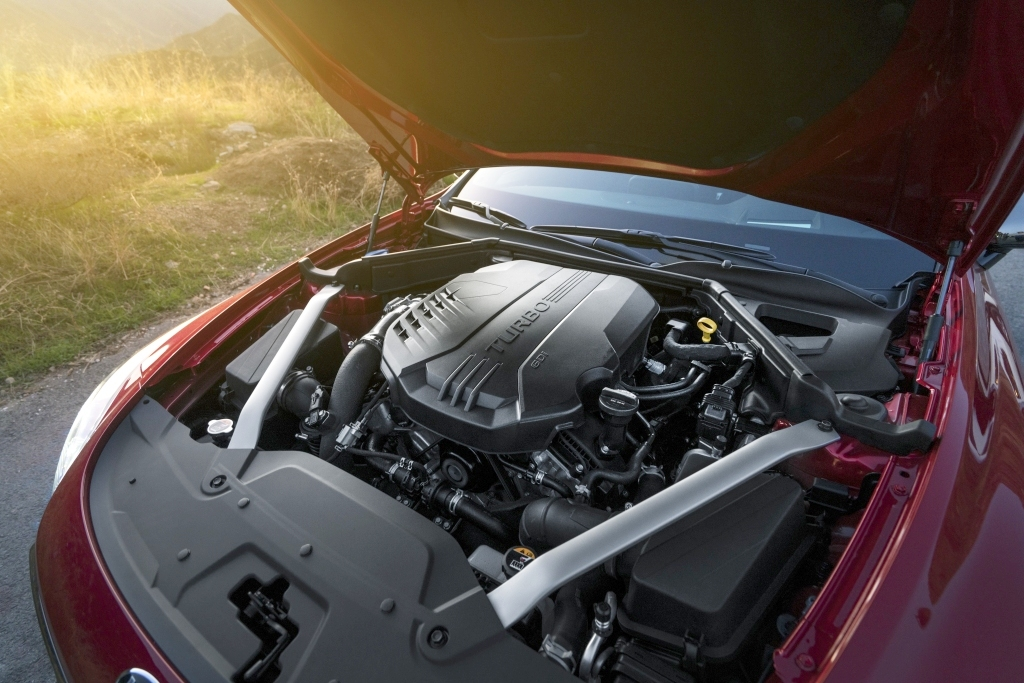 Motor V6 3.3 Biturbo gera 370 cv