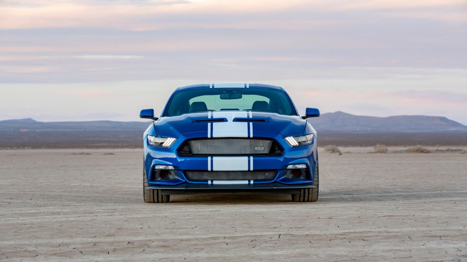 Mustang Shelby Super Snake de frente