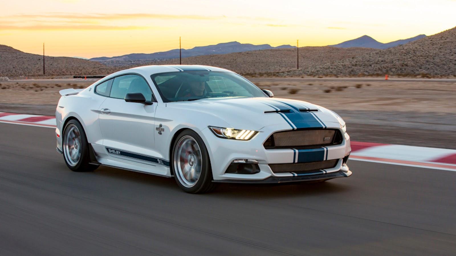 Mustang Shelby Super Snake na posição 3x4 de frente