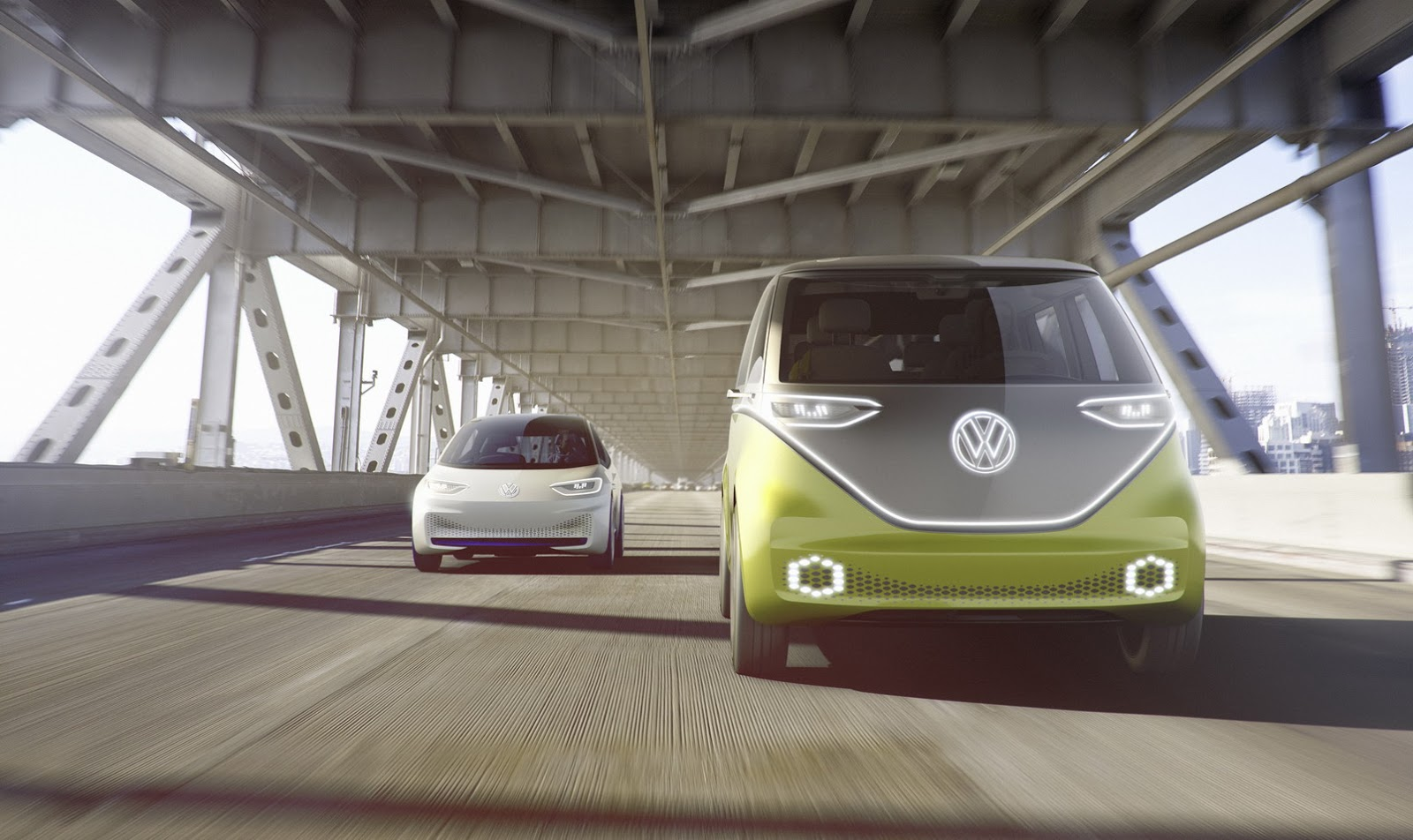 Buzz compõe nova linha de autônomos elétricos da VW ao lado do I.D (esq.)