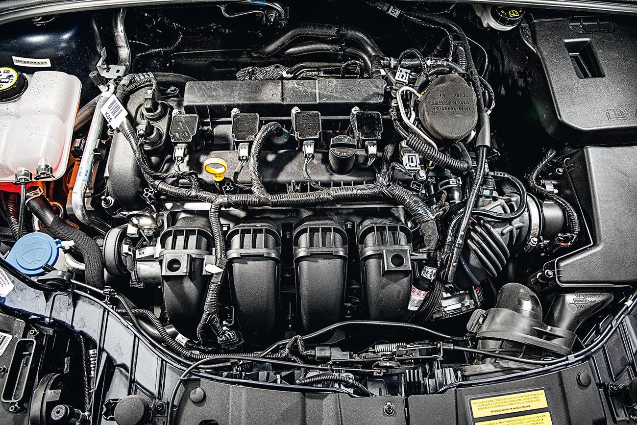Único aspirado, motor 2.0 tem mais potência mas menos torque que os rivais