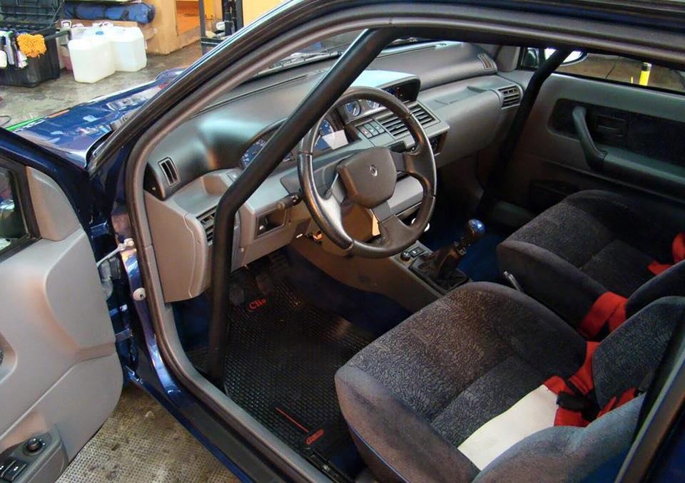 Clio Williams Safety Car cabine