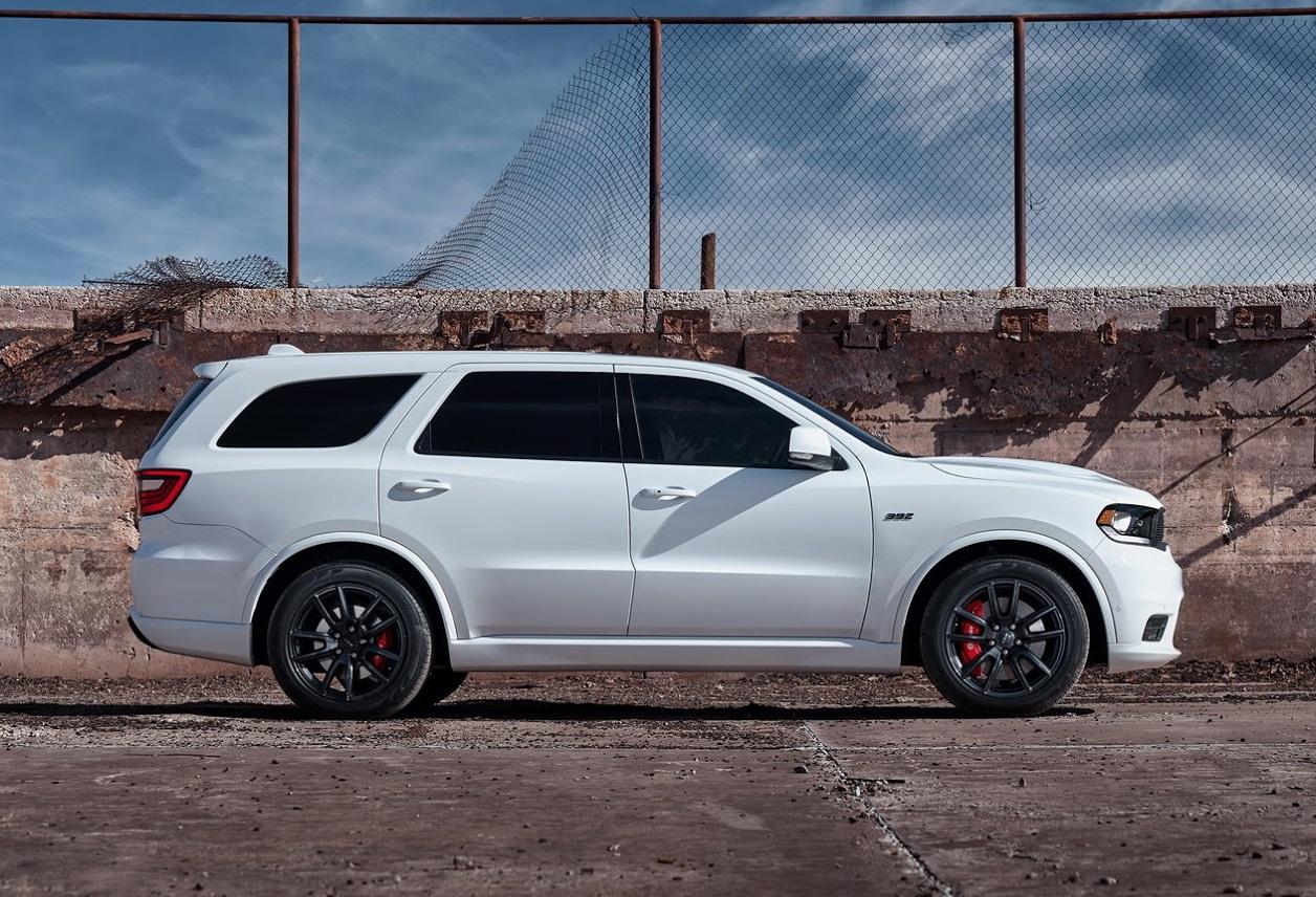 Dodge Durango SRT de perfil