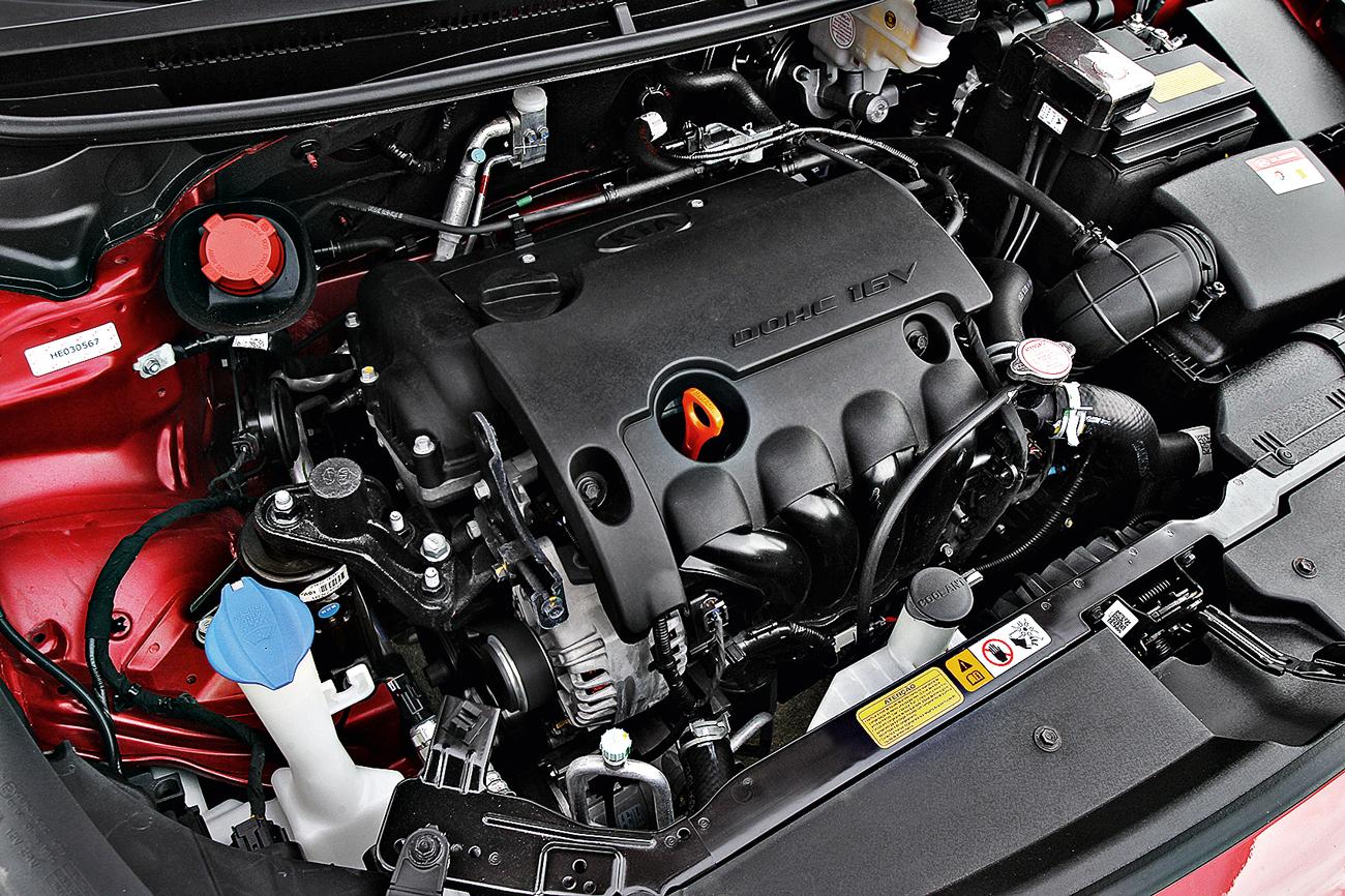 Motor 1.6 de até 128 cv é o ponto crítico do Cerato. Apesar de econômico, fica fora dos padrões da concorrência, com motores maiores ou turbinados