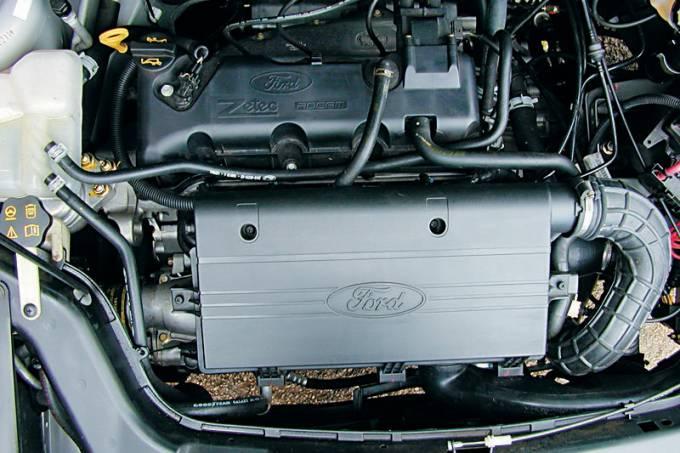 motor-do-jipe-ecosport-1-0-supercharger-modelo-2003-da-ford-testado-pela-revis