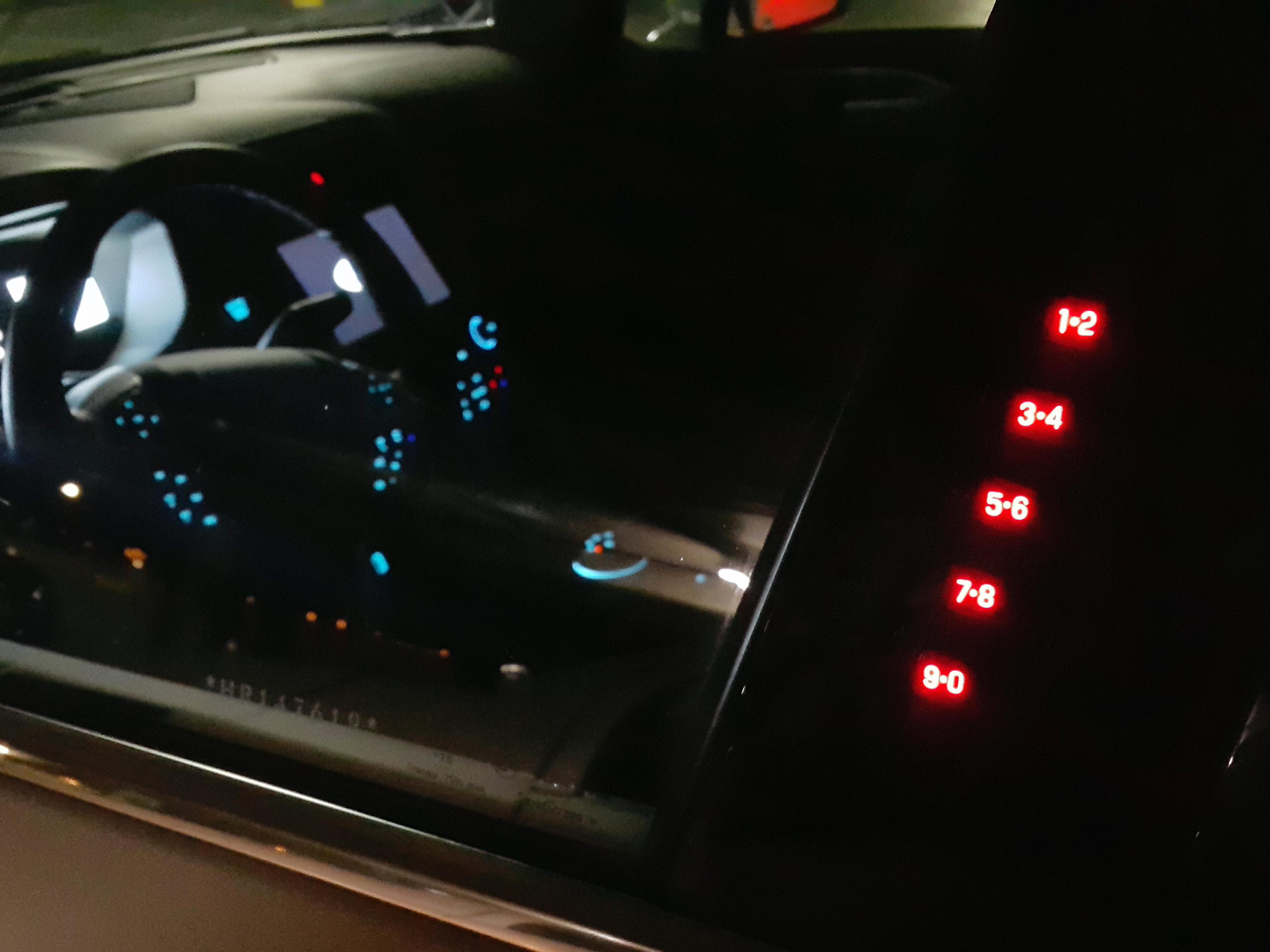 Display na coluna da porta comanda o sistema de travamento SecuriCode