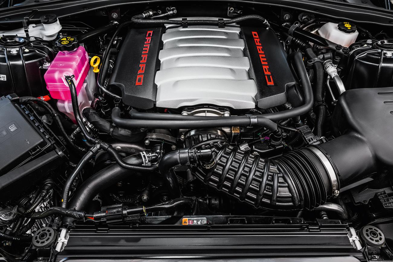 Camaro tem V8 6.2 de 461 cv e tração traseira