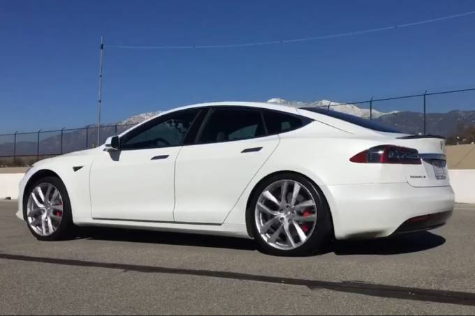 Recorde Tesla Model S P100D