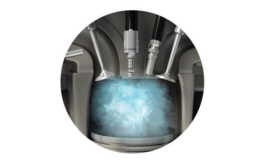 A função da água é resfriar, mas a câmara de combustão é tão quente que a água injetada evapora quase que de imediato