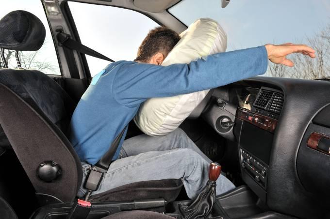 Acionamento dos airbags