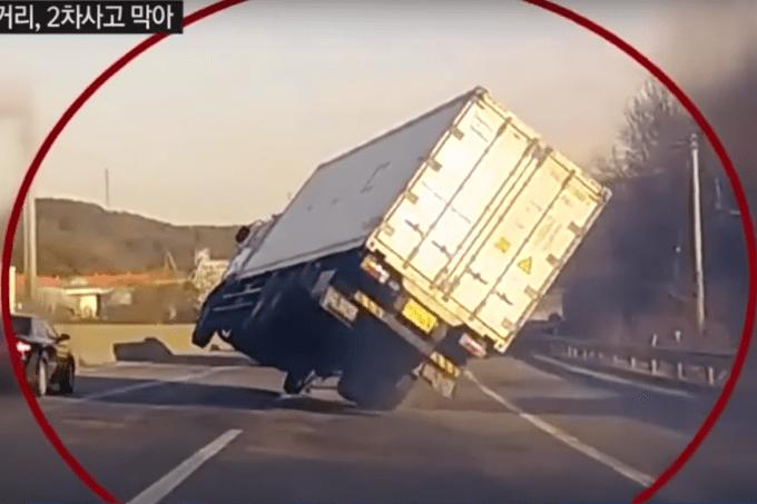 Quase acidente de caminhão