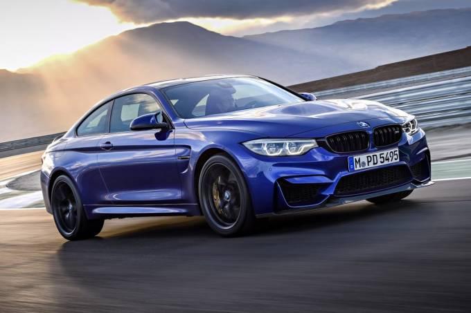 BMW M4 CS 2