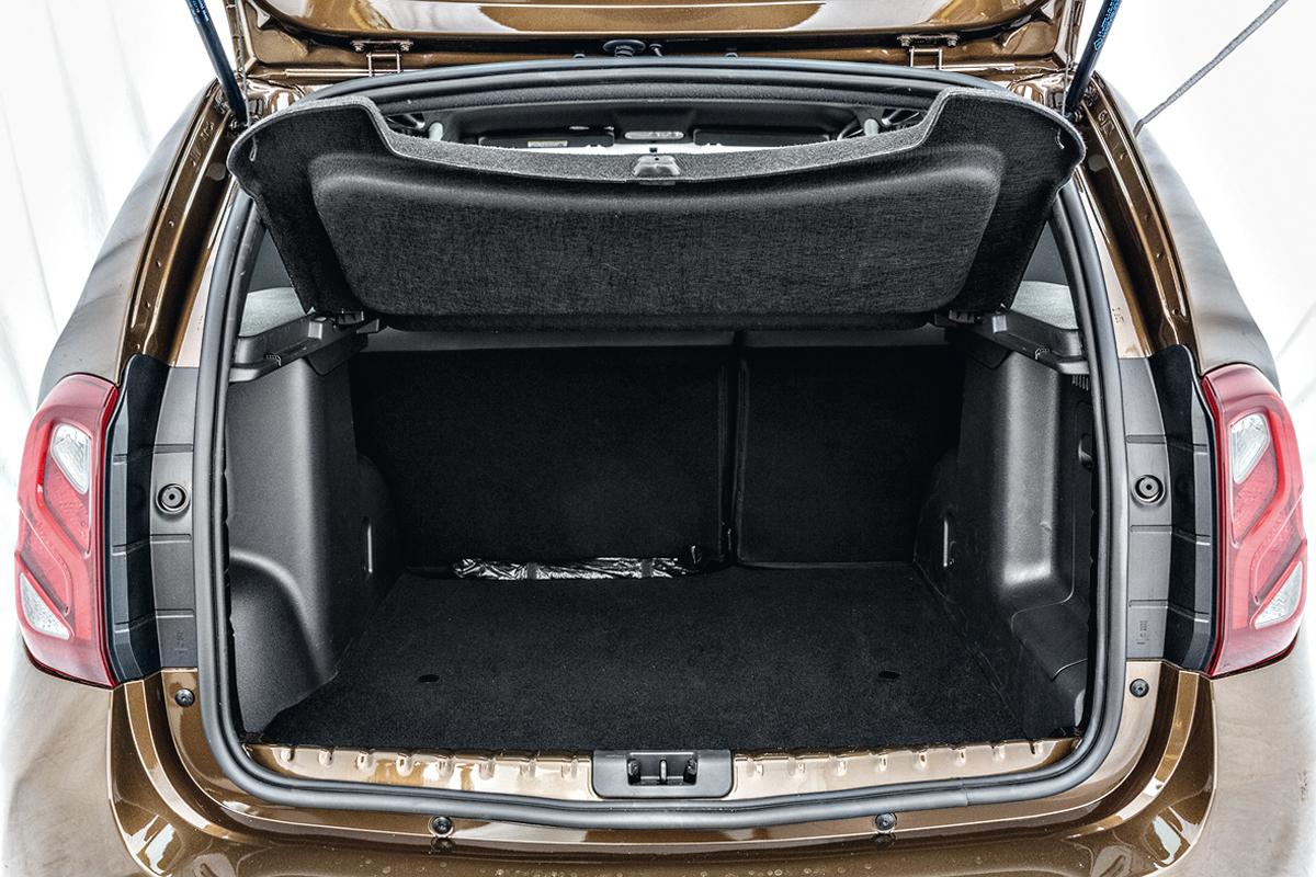 Duster tem o porta-malas maior, com 475 litros