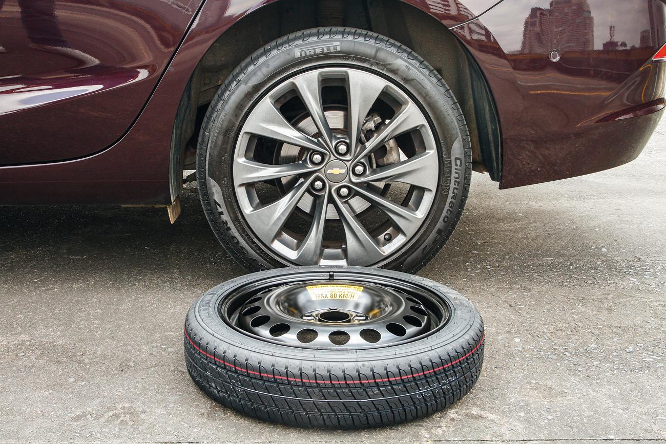 Cruze: roda = 18,8 kg / estepe = 11,0 kg