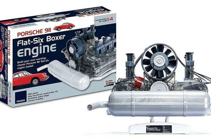 Motor Porsche boxer 1:4