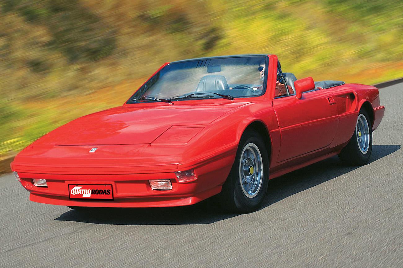 O desempenho não empolgava tanto quanto o desenho inspirado na Ferrari 308 GT