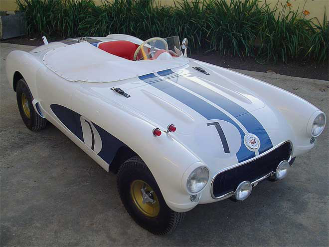 "O Corvette ""Vette Sebring"" sai por R$ 24.900"