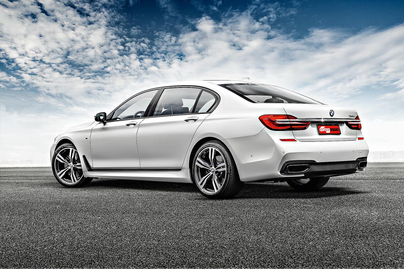 No BMW, roda e saia lateral são da linha Motorsport