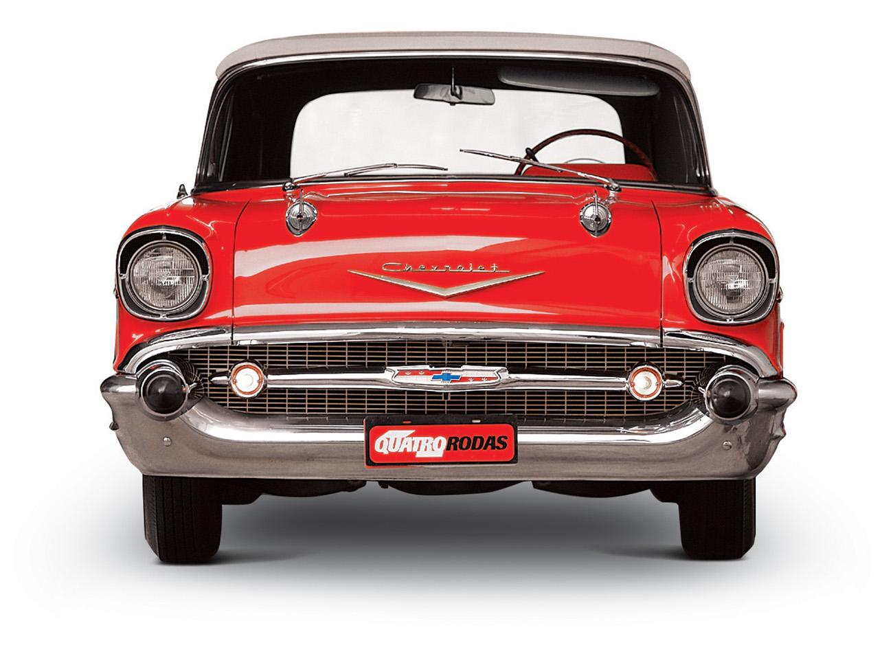 O Bel Air 1957 conversível chamava a atenção pela larga grade frontal