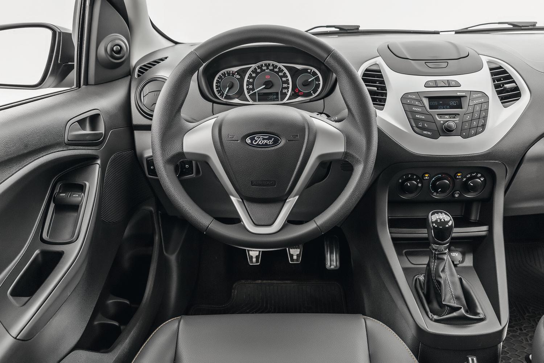 O Ka é o mais prazeroso de dirigir graças a direção leve e o câmbio de engates suaves