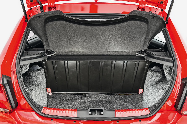 Porta-malas do Gol leva 285 litros