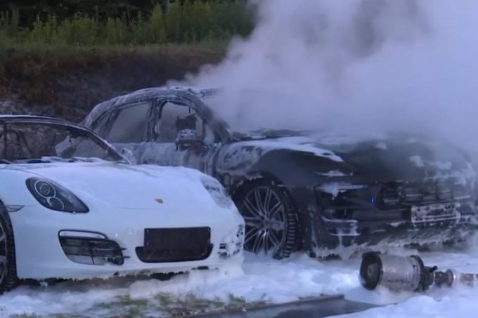 Porsche Incendiados Alemanha