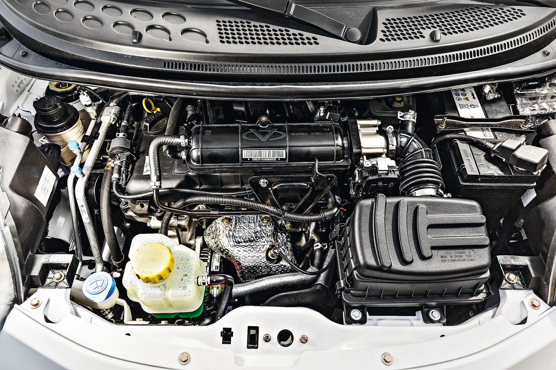 O motor três cilindros de 75 cv registrou os piores consumos da categoria: 11,7 km/l (cidade) e 15,1 km/l (estrada)
