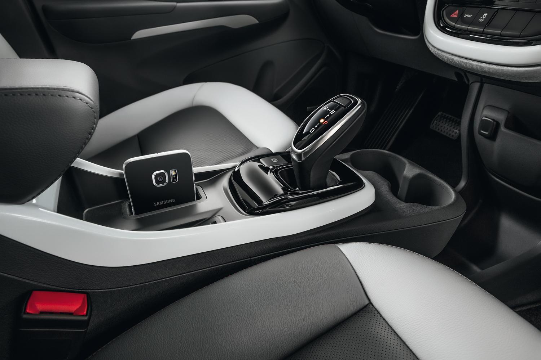 Câmbio joystick traz sofisticação ao interior