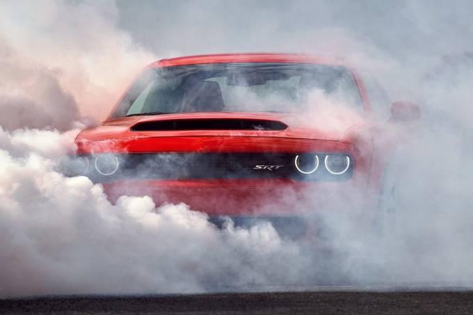 Dodge-Challenger_SRT_Demon-2018-1600-2e