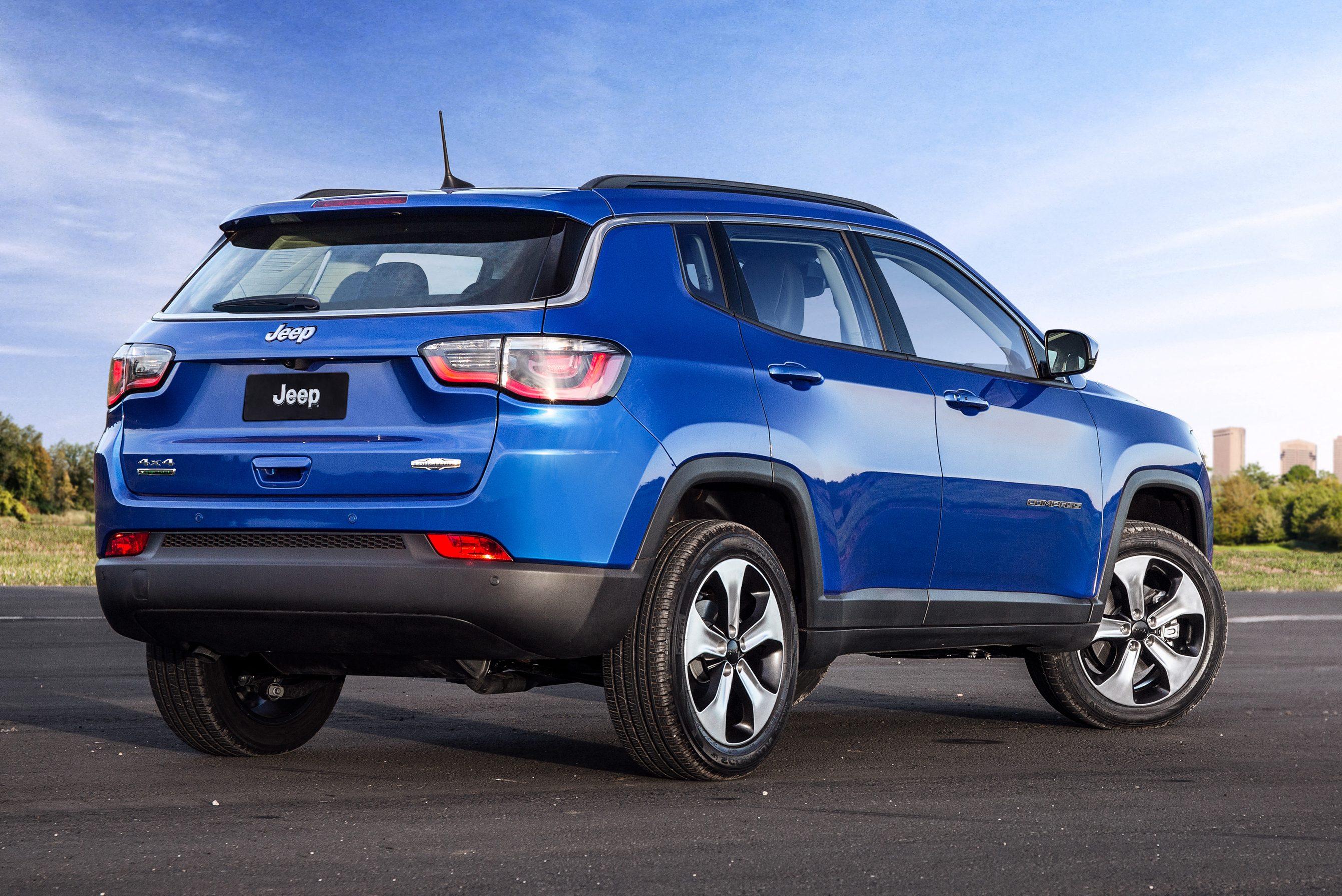 O Compass será reestilizado e poderá dar origem a um novo SUV de sete lugares
