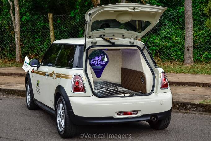 Mini Cooper Pet Funeral edit III