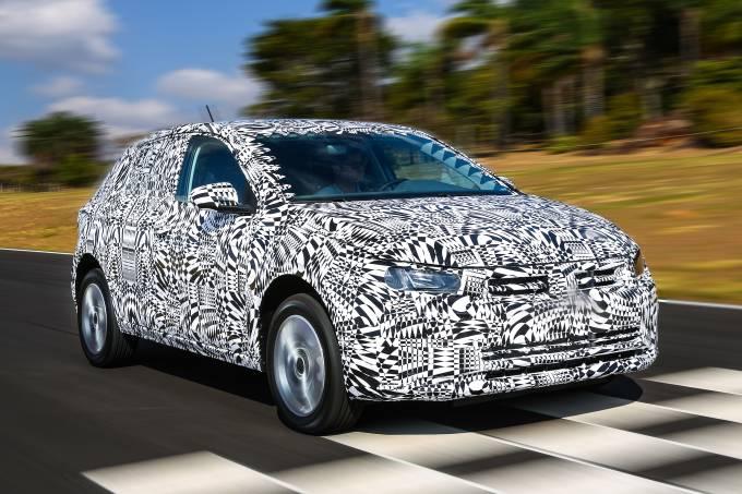 Novo Volkswagen Polo 2018 camuflado (1)