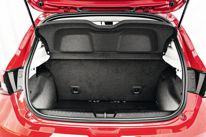 O Argo conta com 300 litros de porta-malas
