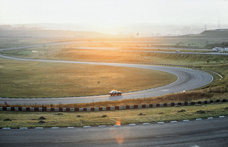 Os pilotos impuseram um ritmo muito forte no traçado antigo de Interlagos