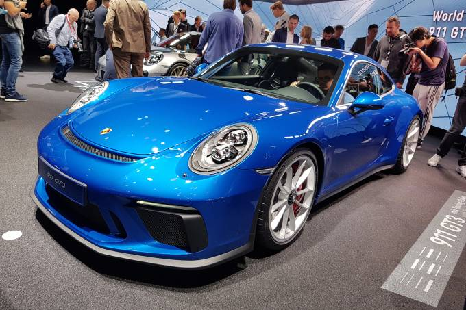 911 GT3 Touring Package