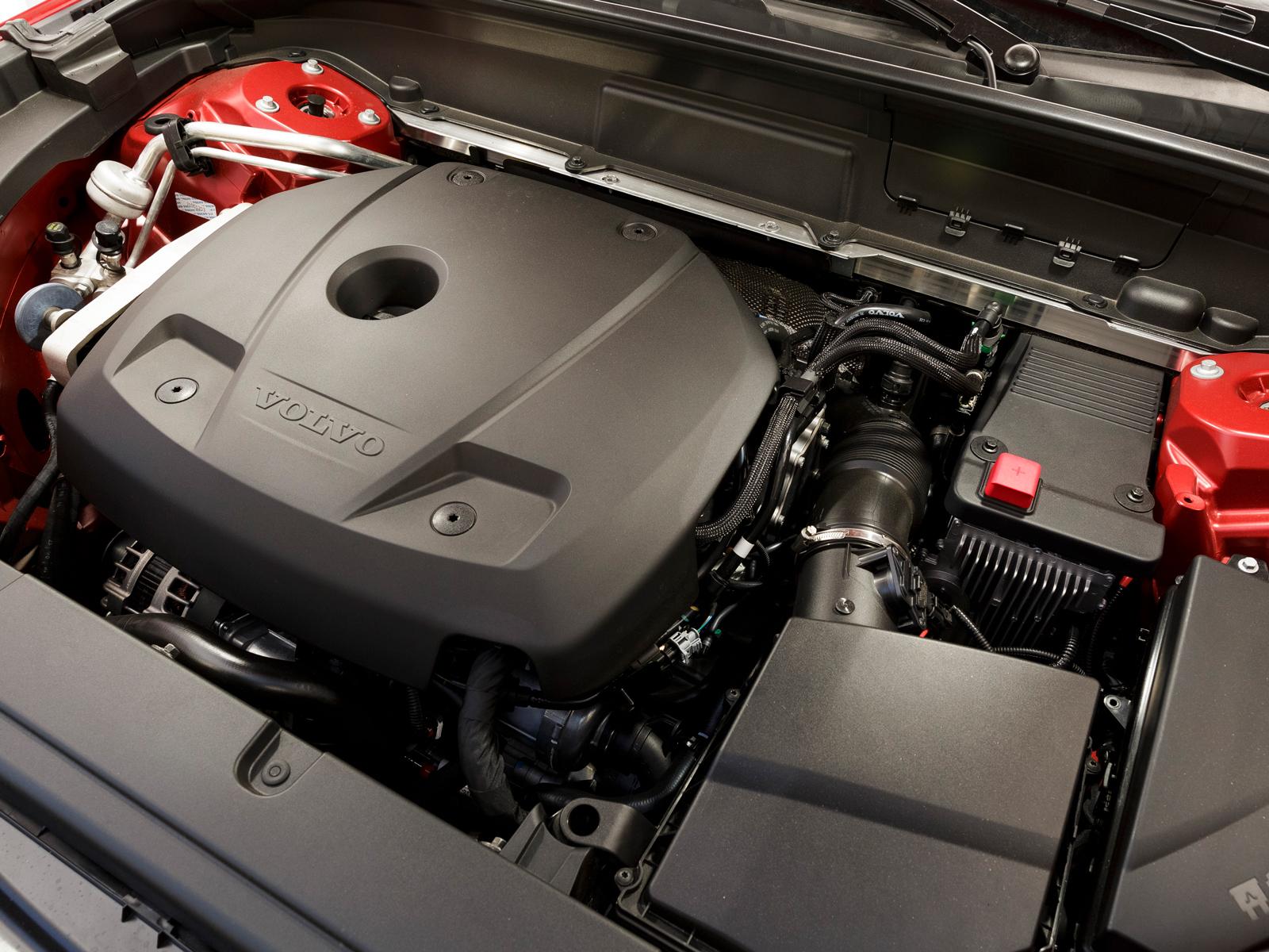 O motor 2.0 de 254 cv fez 7,9 km/l na cidade e 11,1 km/l na estrada