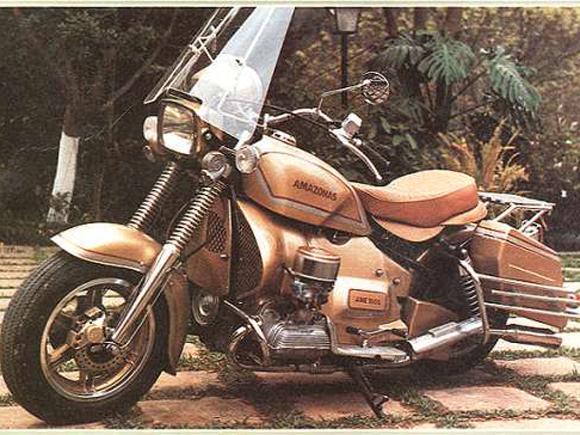 Moto Amazonas 1.600 foi uma criação brasileira com motor VW