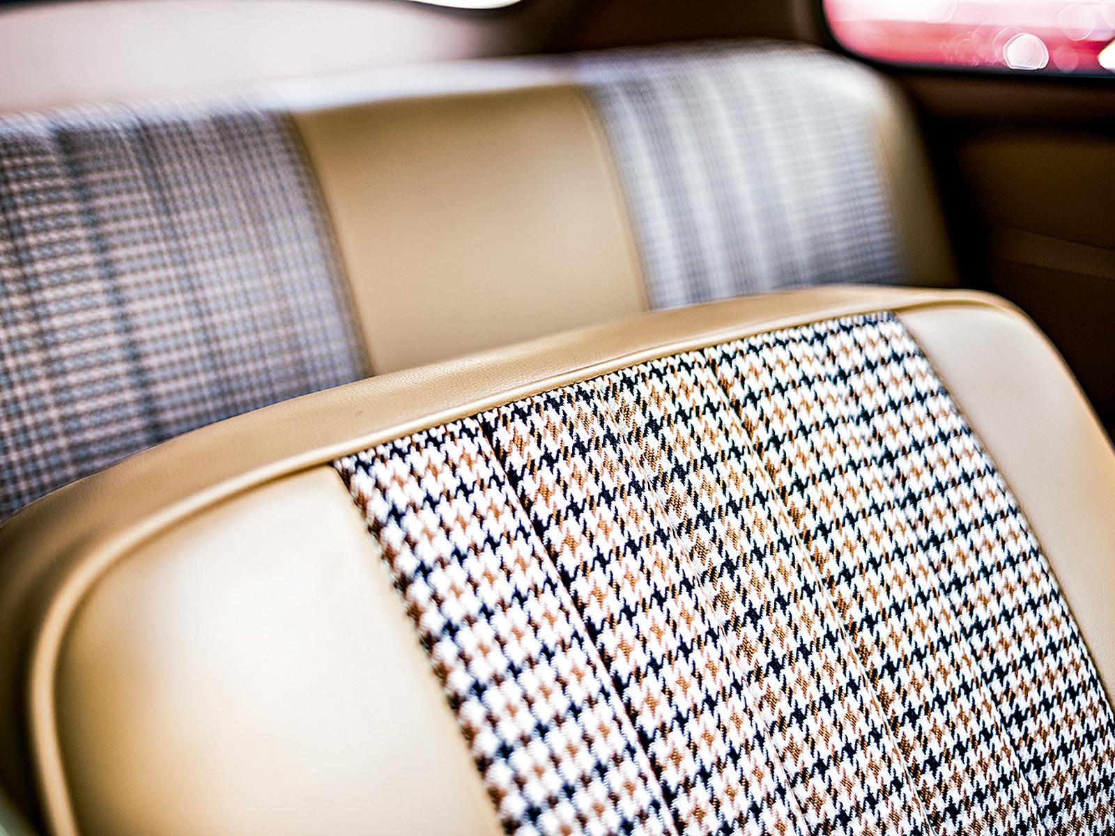 Forração da Porsche e lã da Rolls-Royce no teto equipam o Fusca 1959
