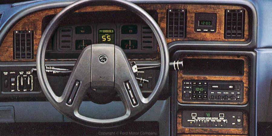 Mercury Cougar1983